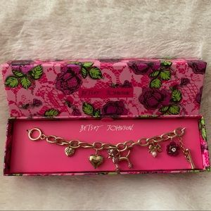 NWT BETSEY JOHNSON charm bracelet